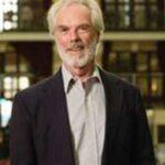 Roger D. Nelson forschte an der Universität Princeton und ist Autor des Buches Der Welt-Geist
